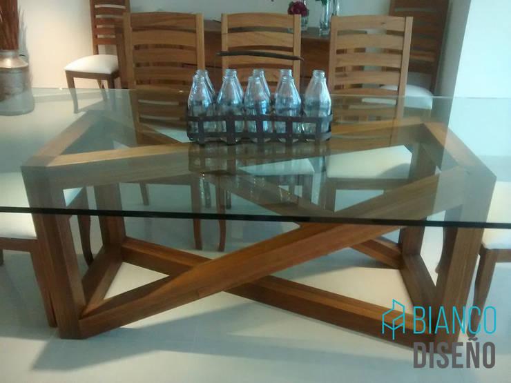 Sala : Salas de estilo  por Bianco  Diseño