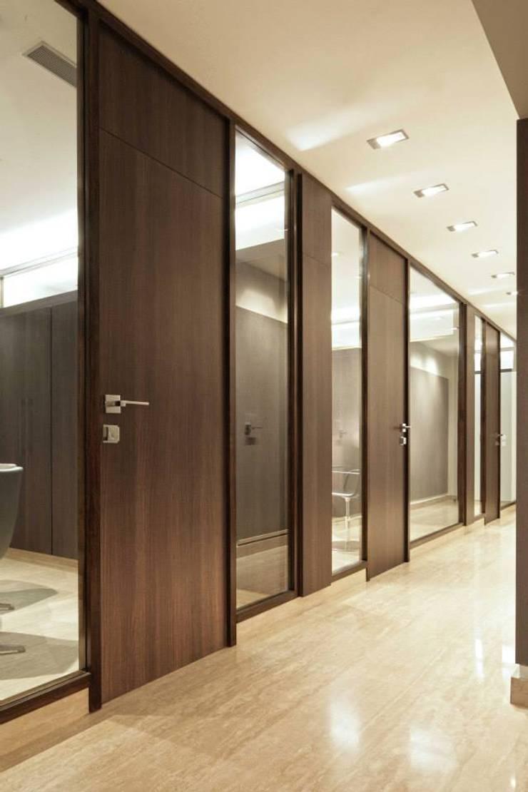 VAV – Abogados: Oficinas de estilo  por PA - Puchetti Arquitectos