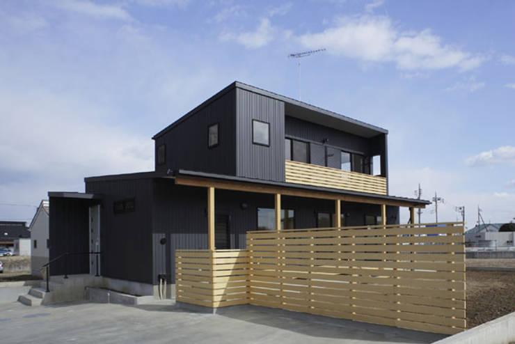 凸の家: 一級建築士事務所あとりえが手掛けた家です。