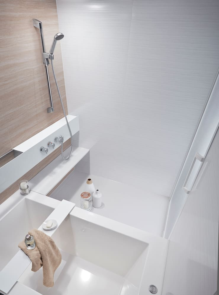 生活感を出さないシステムバスルーム「ORIZZONTE/オリゾンテ」 OZ1418SW: 株式会社 和光製作所が手掛けた洗面所&風呂&トイレです。