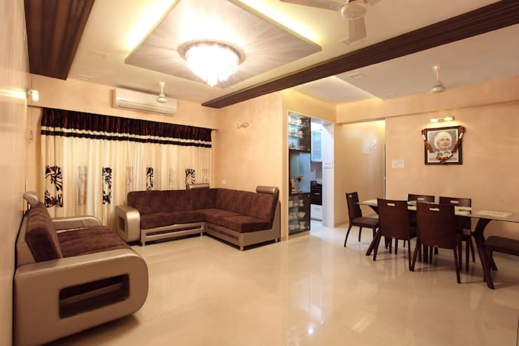 Harish Bhai:  Living room by PSQUAREDESIGNS