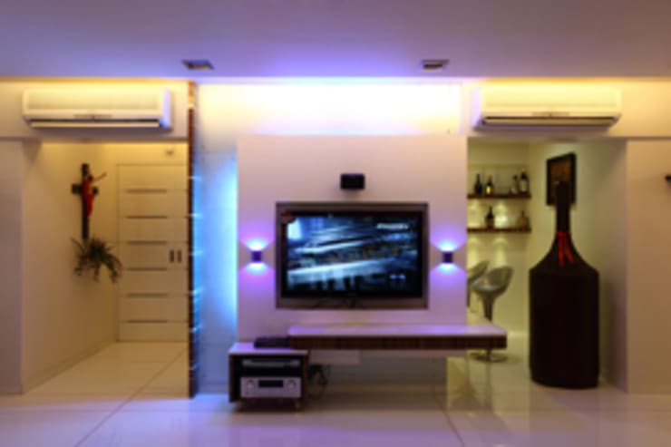 Chaten Disoza:  Living room by PSQUAREDESIGNS,Modern