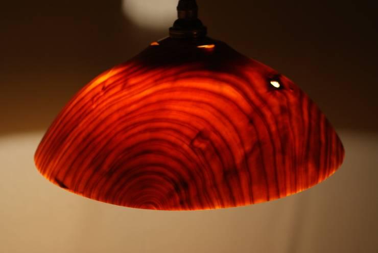 ランプシェード(ヒノキ): 木ものNAKAYAが手掛けた折衷的なです。,オリジナル 木 木目調