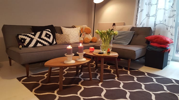 Klimatyczne mieszkanie w starej kamienicy: styl , w kategorii Salon zaprojektowany przez project art