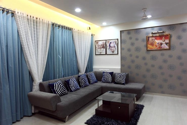 Bharat Bhanushali:  Living room by PSQUAREDESIGNS