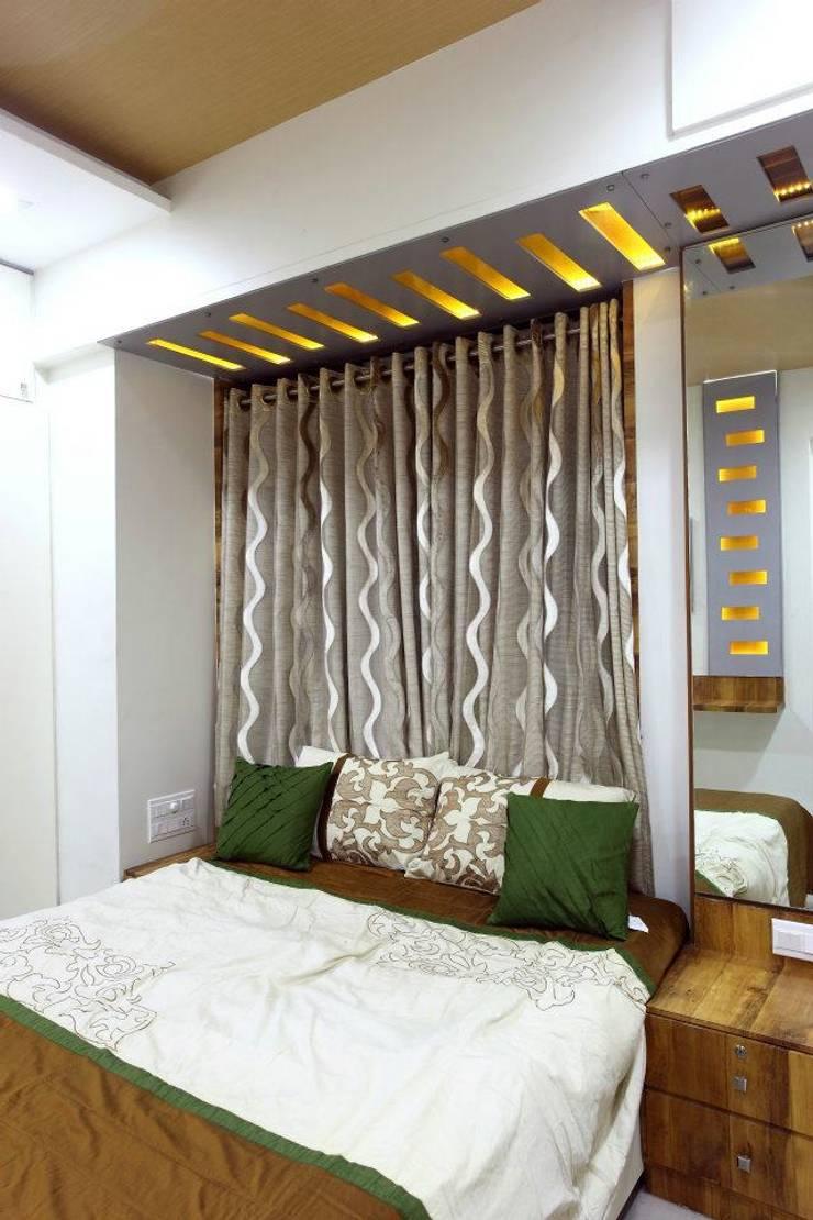 Bharat Bhanushali:  Bedroom by PSQUAREDESIGNS,Modern