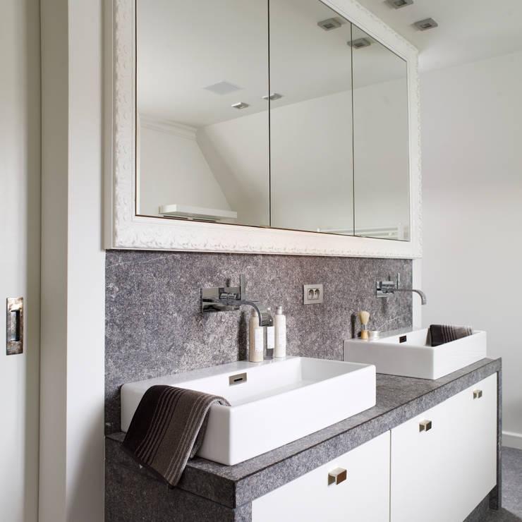 Pure PML-32 furniture handle in White bronze (WB):  Badkamer door Dauby, Landelijk
