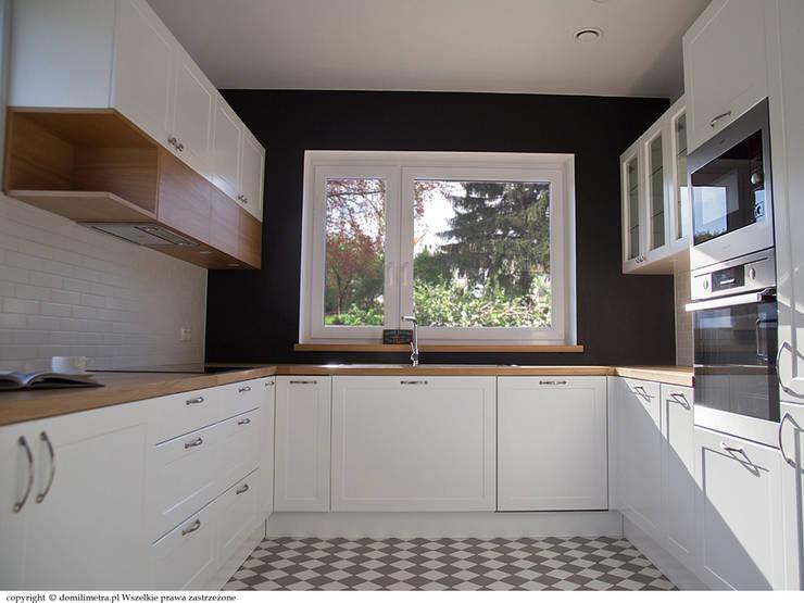 Ściana z farbą tablicową: styl , w kategorii Kuchnia zaprojektowany przez DoMilimetra