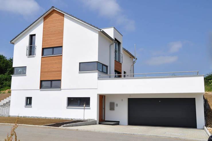Projekty,  Domy zaprojektowane przez Hauptvogel & Schütt Planungsgruppe