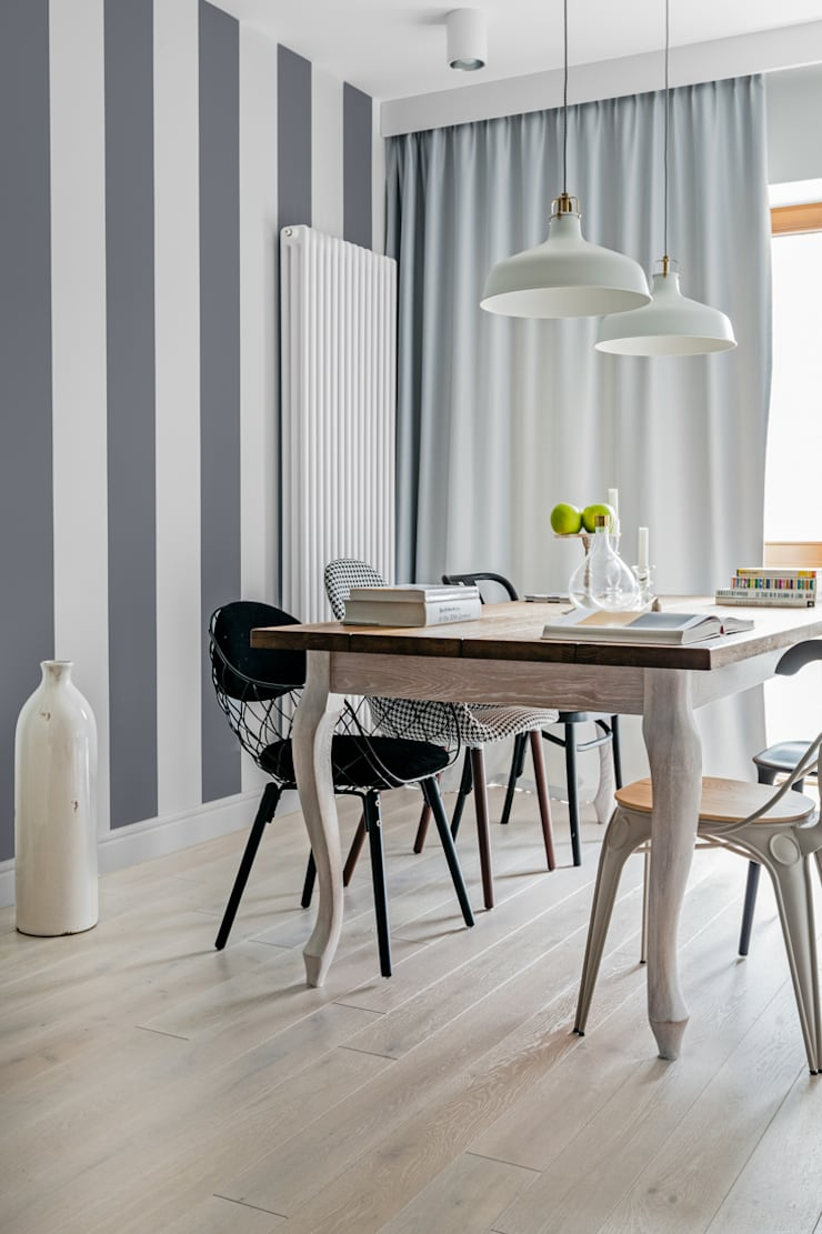 Eclectic style dining room by Ayuko Studio Eclectic Wood Wood effect