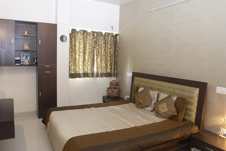 Residential project:  Bedroom by JPA Tulja Interiors Pvt. Ltd.