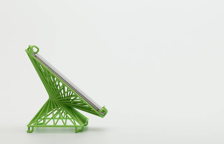 Smartphone Stands – Softbank C&S: miyake designが手掛けた家庭用品です。,