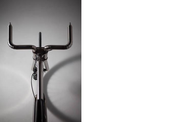Bicycle – FUTAKU + TIG: miyake designが手掛けたガレージ&小屋です。