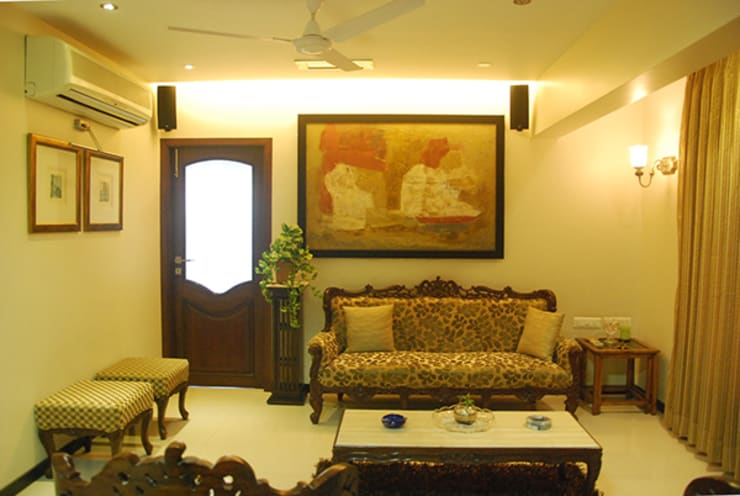 Rest n Beige :  Living room by Sneha Samtani I Interior Design.