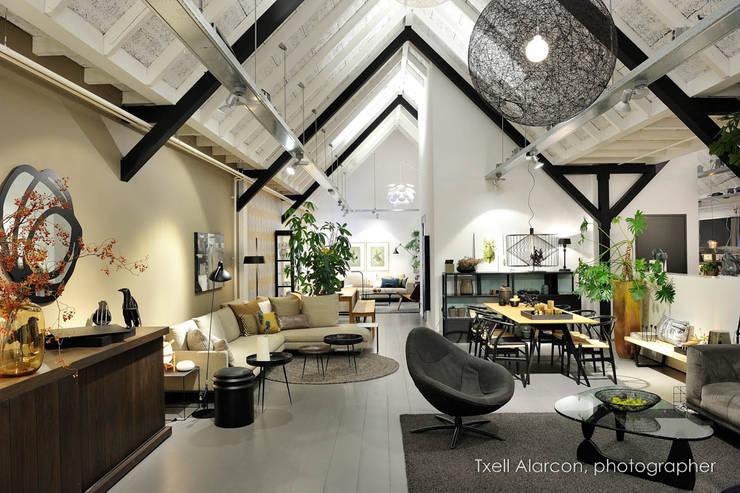 Huishouden door Txell Alarcon