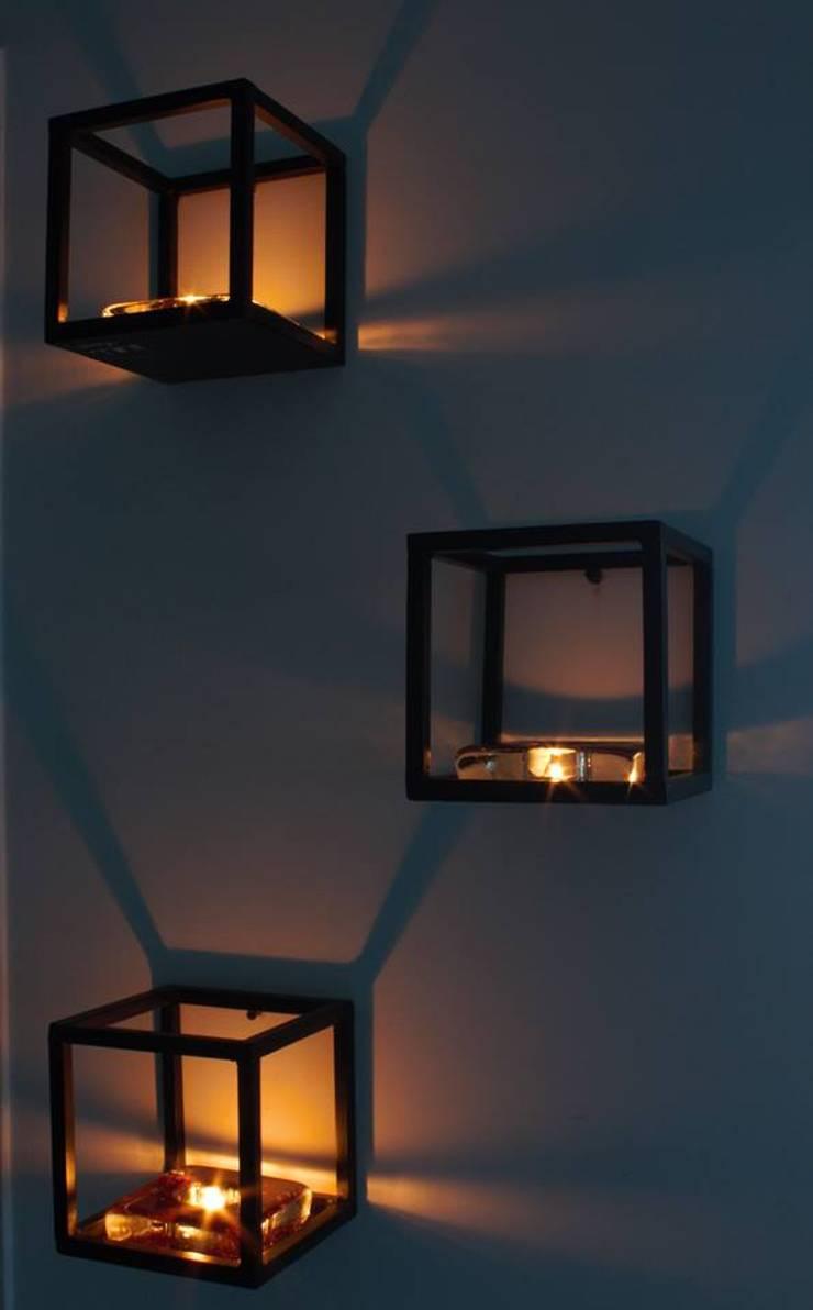 Cube Space Saver:  Artwork by Designmint