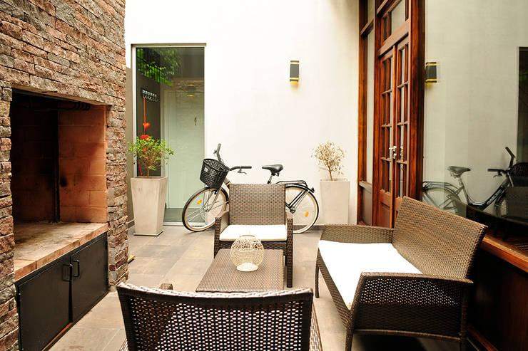 minimalistische Huizen door Radrizzani Rioja Arquitectos