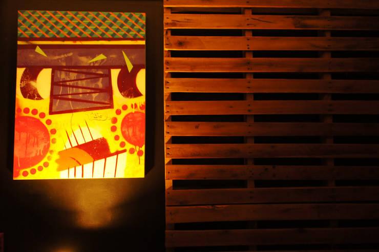 Ap Pimenta: Salas de jantar  por sumaUNA Arquitetura