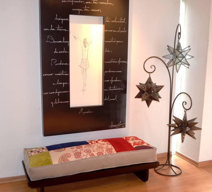 Corridor & hallway by Sandra Molina, Eclectic