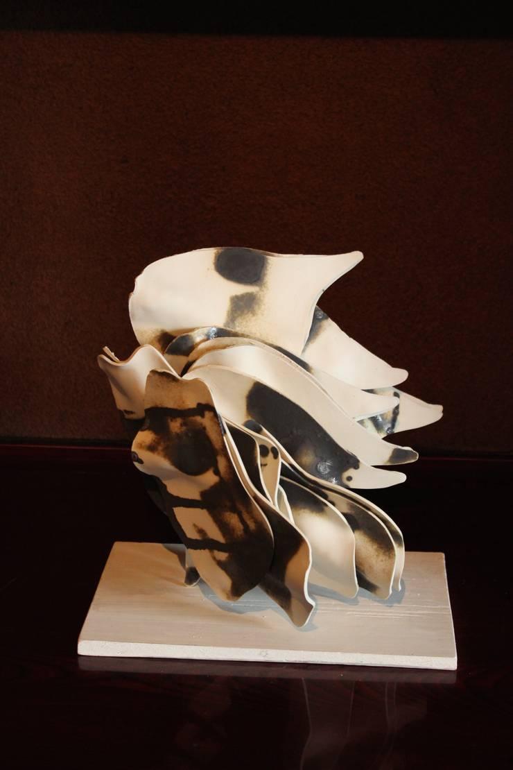 modern  by Ricca OKANO, Modern Porcelain