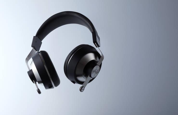 Headphones - Final: miyake designが手掛けた家庭用品です。