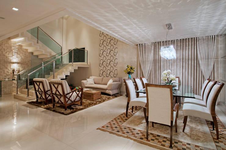 Projekty,  Jadalnia zaprojektowane przez Livia Martins Arquitetura e Interiores