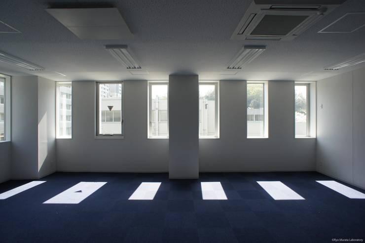 内観:オフィス: Ryo MURATA Laboratoryが手掛けた書斎です。