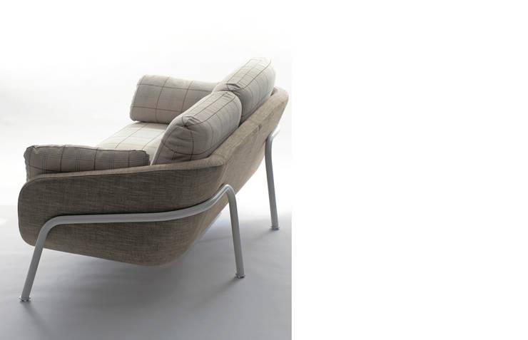 Sofa – HUKULA: miyake designが手掛けたリビングルームです。