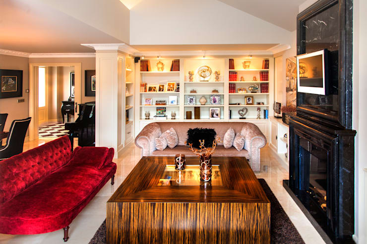 Residencia en el campo: Salones de estilo moderno de Belén Sueiro