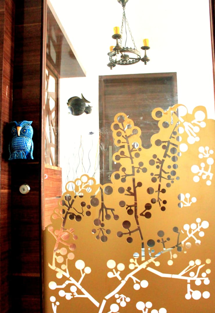 Seaview Apartment at Palm Beach Residency at Navi Mumbai:   by Shweta Deshmukh & Associates