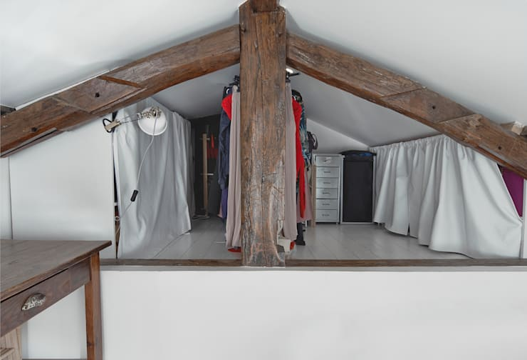 Vestidores y closets de estilo  por Croisle Architecture