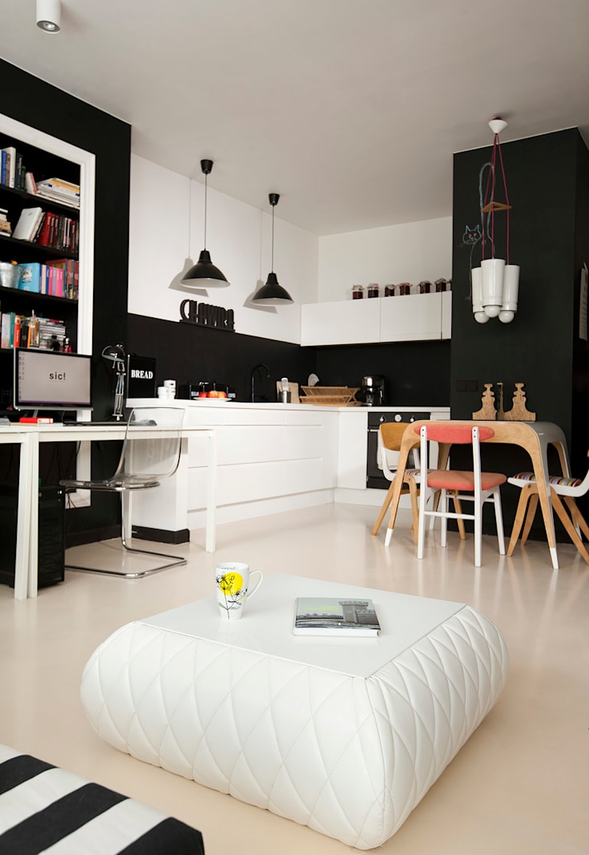 Studio w Wilanowie: styl , w kategorii Jadalnia zaprojektowany przez Sic! Zuzanna Dziurawiec