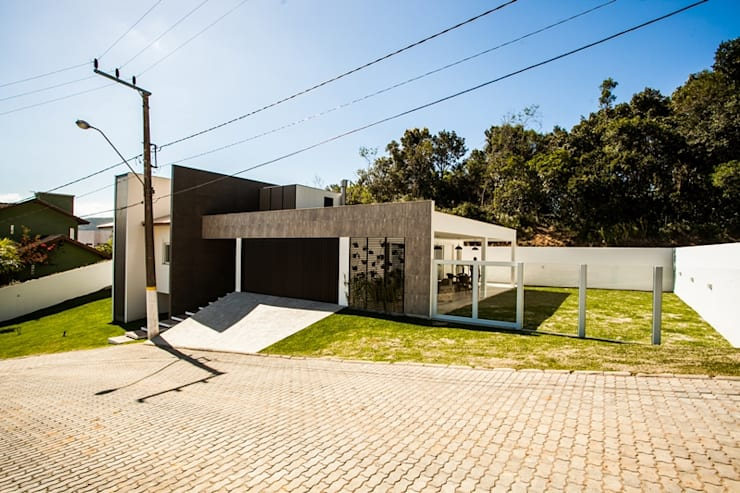 Casa Santo Antônio: Casas  por Roma Arquitetura