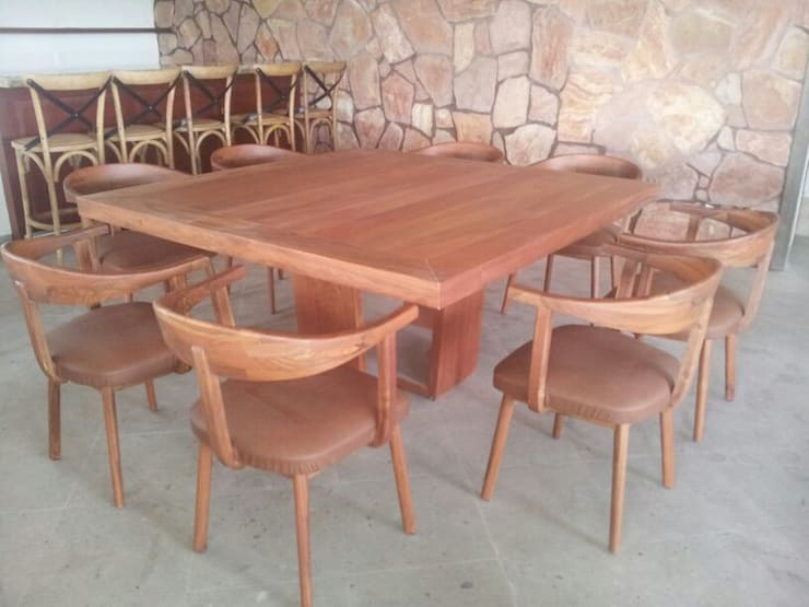 SALAS: Terrazas de estilo  por Diseño en muebles