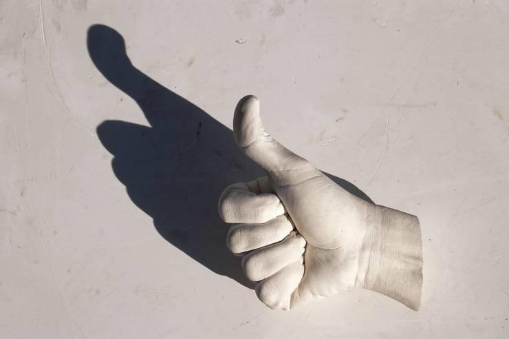 Mãos de gesso Iva Viana: Arte  por Iva Viana Atelier de Escultura