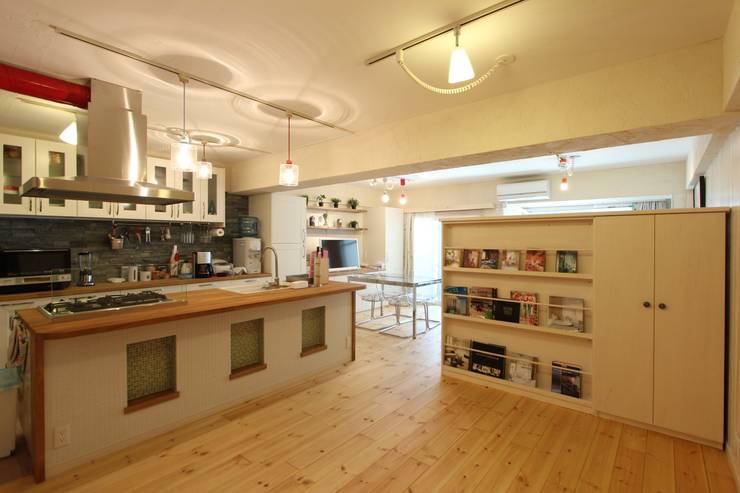 自然素材マンションリノベーションin 深川住宅                                                                                                                                          : 有限会社横田満康建築研究所が手掛けた多目的室です。