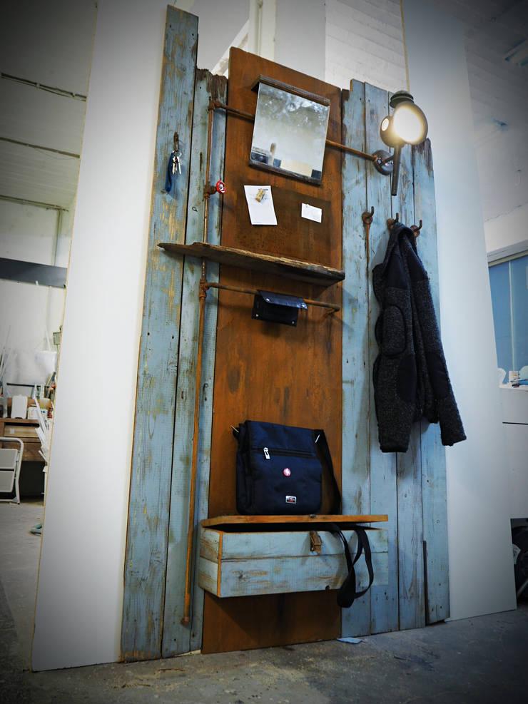 Garderobe Aus Altholz Von Kai Hamburg Homify