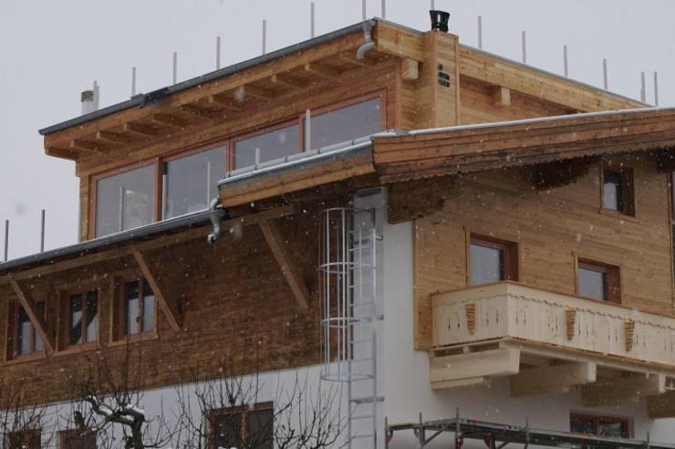 Szczegóły montażu okien drewnianych : styl , w kategorii  zaprojektowany przez Kraina Okien