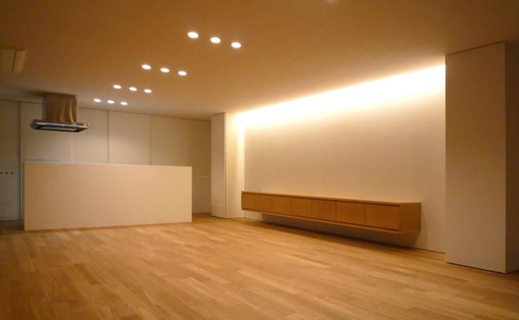 ダイニング・キッチン: design office ONが手掛けた家です。