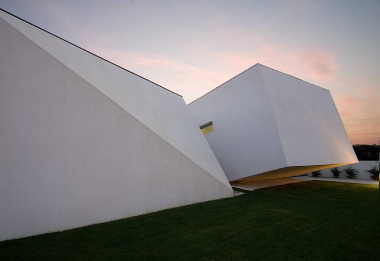 SG Light: Casas  por GRAU.ZERO Arquitectura