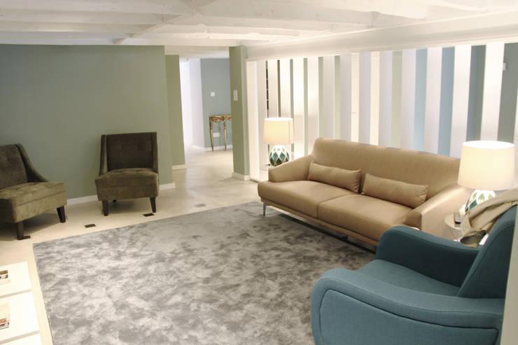 GRAU.ZERO Arquitectura:  tarz Oturma Odası
