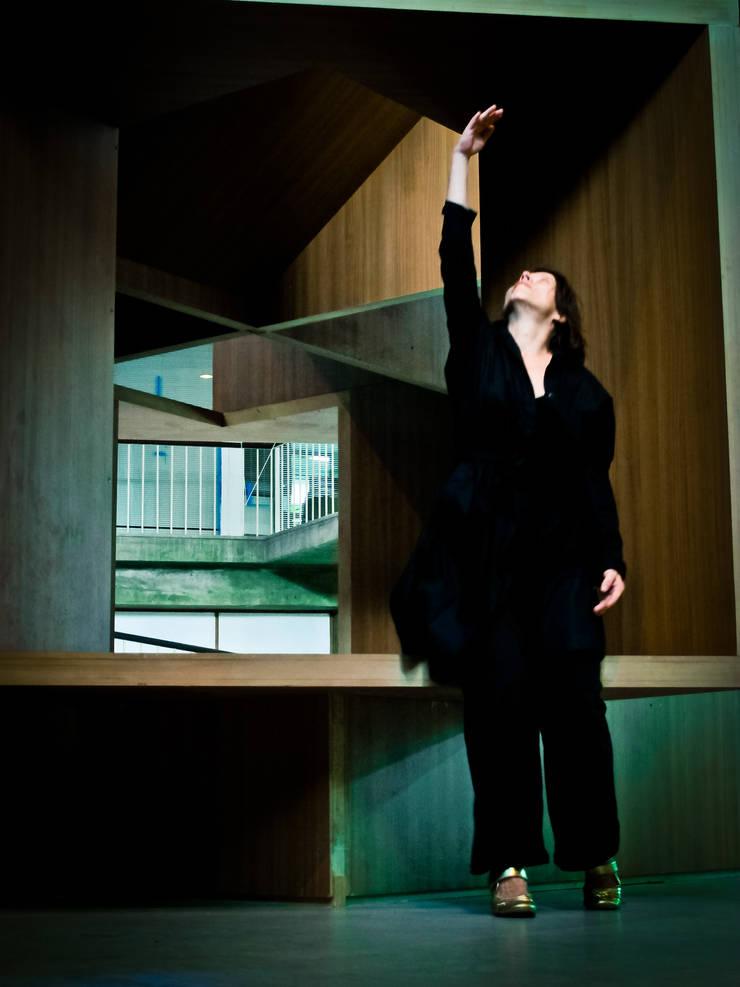 Houses by Tragaluz Estudio de Arquitectura, Modern