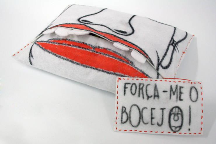 FORCE YAWNING: Arte  por Marcos Alves Design