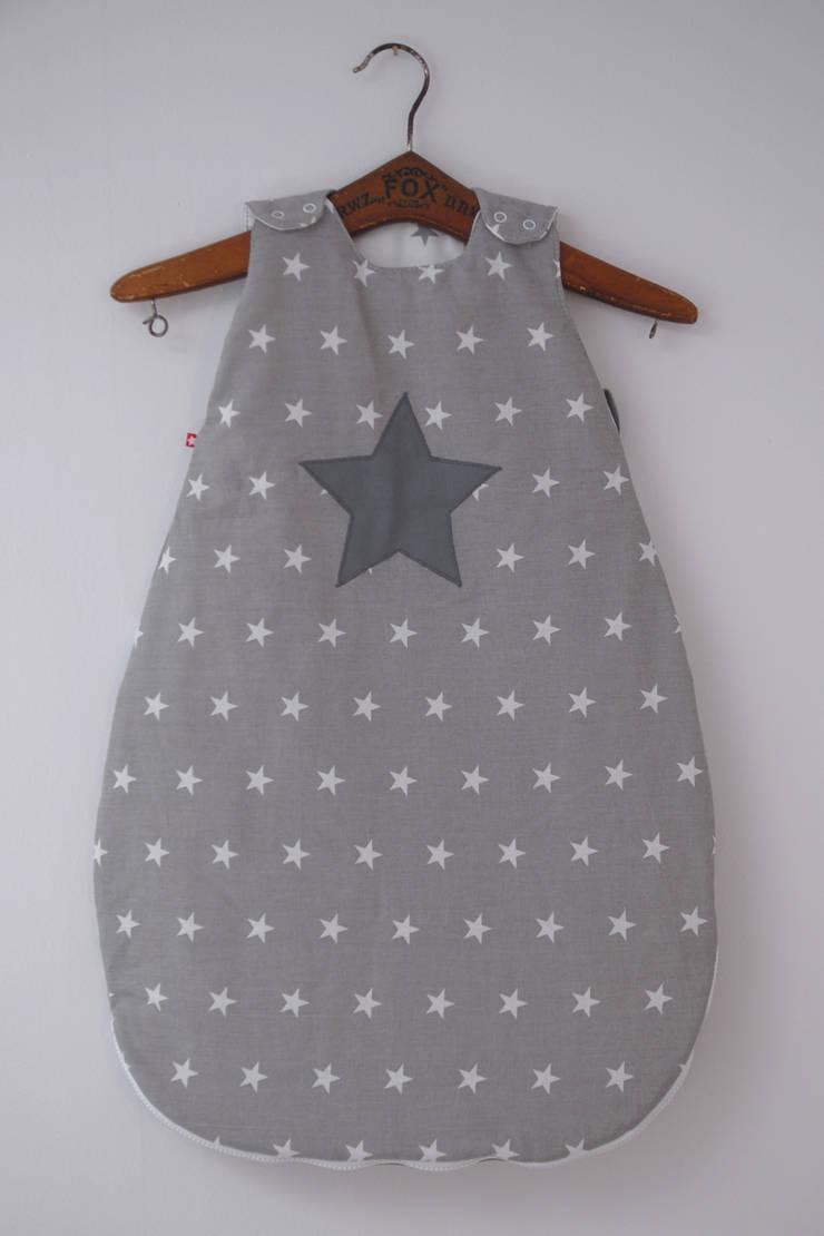 Śpiworek niemowlęcy: styl , w kategorii Pokój dziecięcy zaprojektowany przez Simpapa