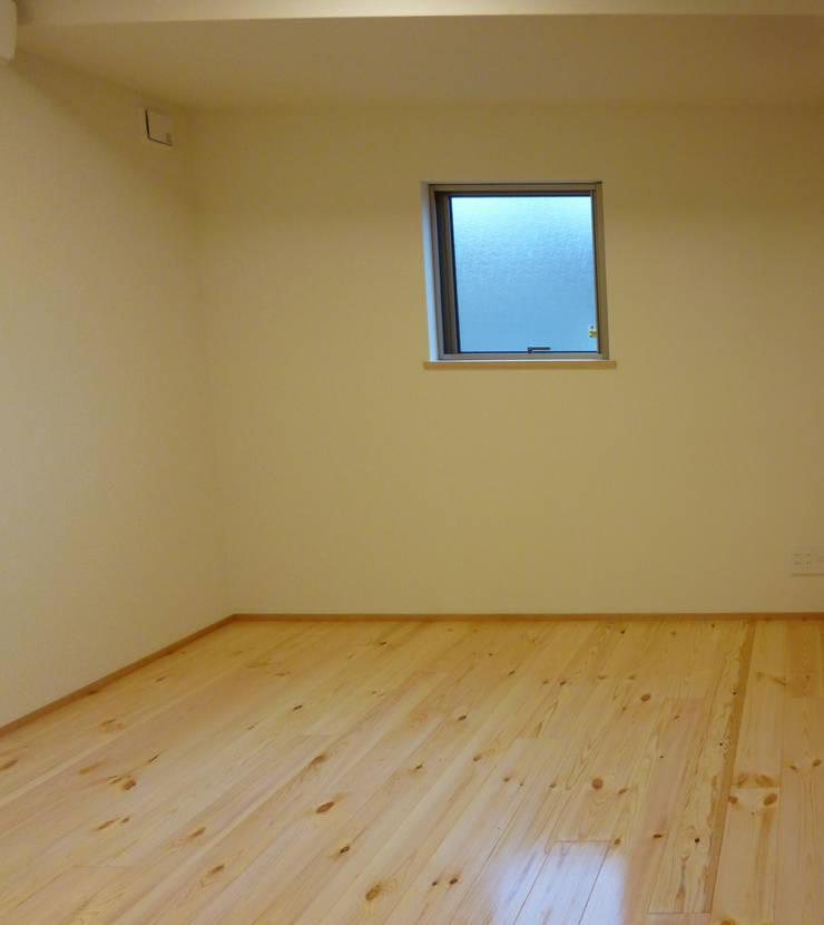 豊中の家Ⅱ: 株式会社 atelier waonが手掛けた子供部屋です。