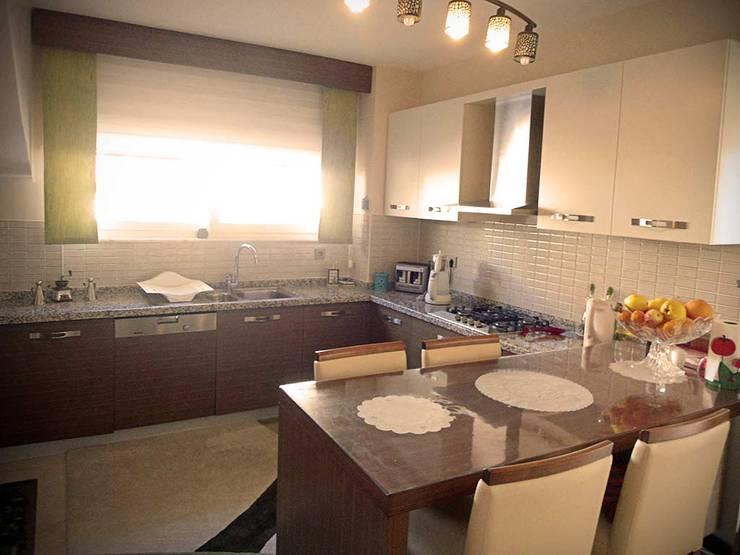 Mimar Damla Demircioğlu – mutfak:  tarz Mutfak