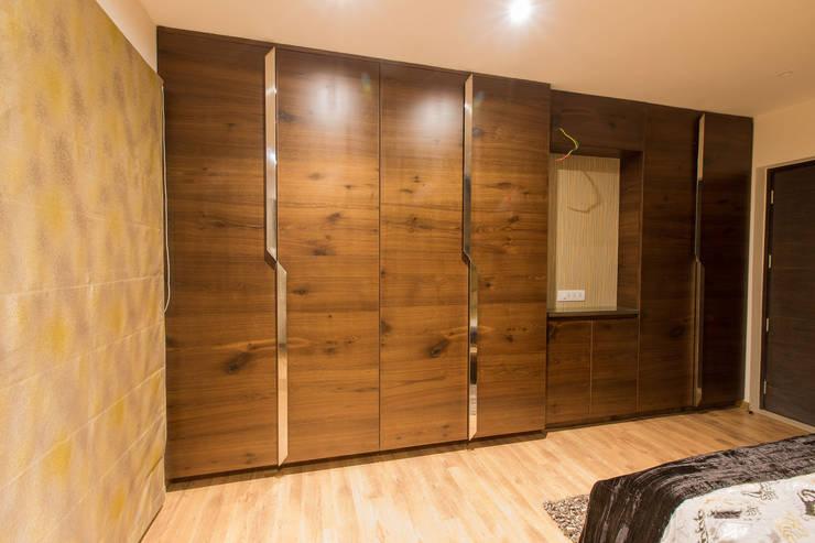 Apartment Interiors:  Bedroom by Studio Stimulus