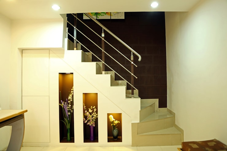 Stair Design:  Study/office by ZEAL Arch Designs