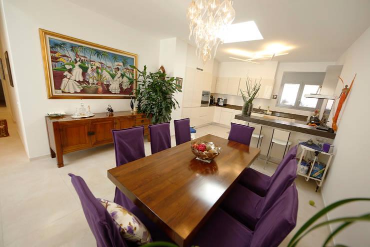 غرفة المعيشة تنفيذ DF Design