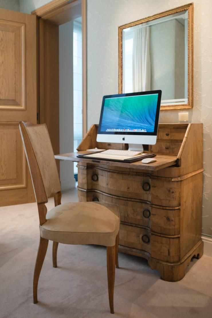 Arbeitszimmer von London Residential AV Solutions Ltd